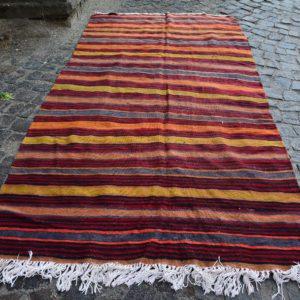 Vintage Kilim Rug TR22362 Image 1