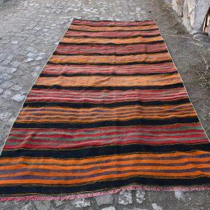 Vintage Kilim Rug TR29842 Image 1