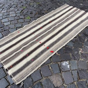 Vintage Kilim Rug TR40512 Image 1