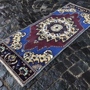 Vintage Turkish Rug TR95210 Image 1