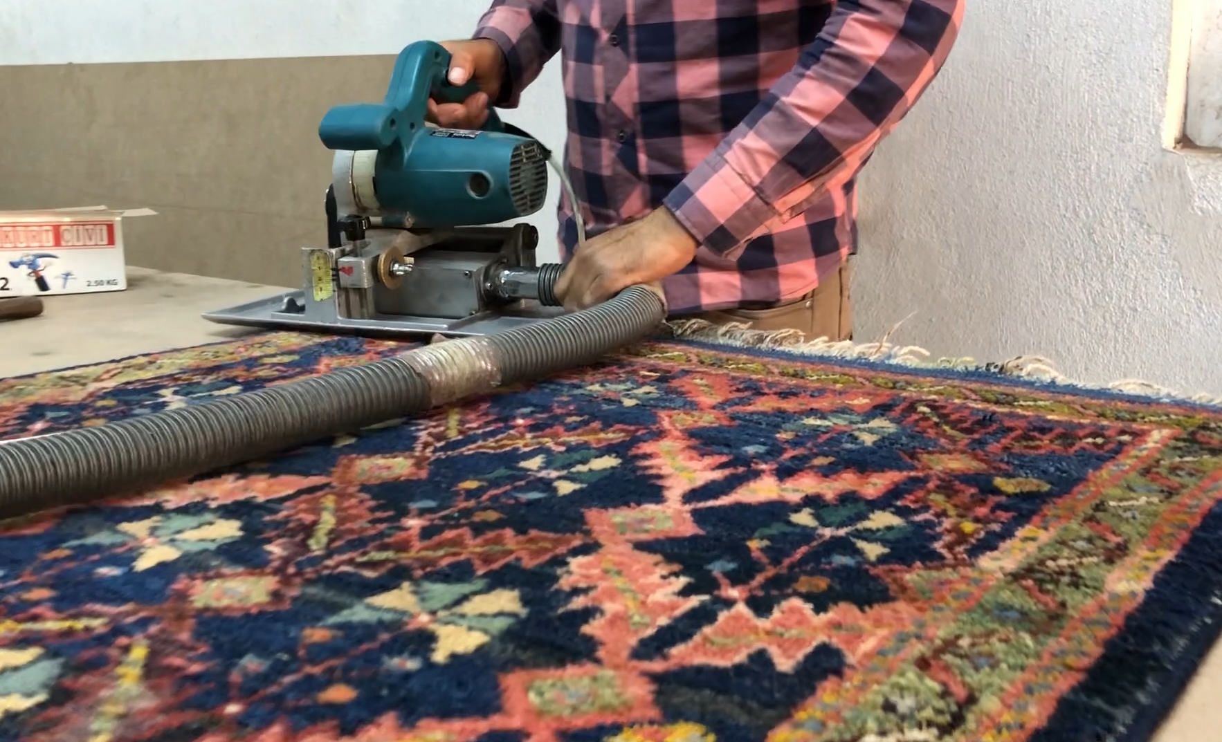 Rug cropping