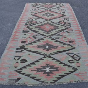 5.1 ft. x 10 ft. Vintage Kilim Rug TR48922 Image 1