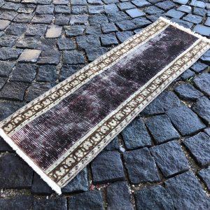 1.1 ft. x 3.4 ft. Vintage Patchwork Rug TR17224 Image 1