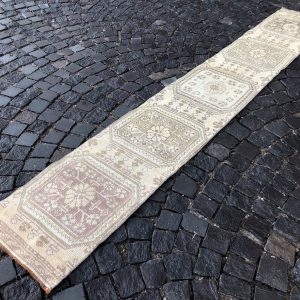 1.6 ft. x 10.2 ft. Vintage Turkish Rug TR50655 Image 1