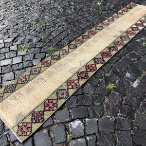 1.6 ft. x 8.3 ft. Vintage Patchwork Rug TR19894 Image 1