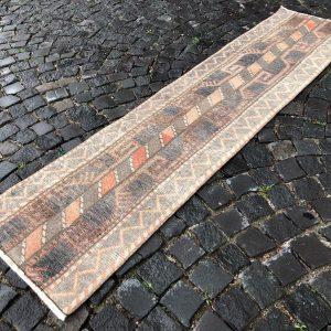 1.9 ft. x 7.8 ft. Vintage Patchwork Rug TR19934 Image 1