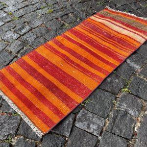 1.5 ft. x 3.2 ft. Vintage Kilim Rug TR52392 Image 1