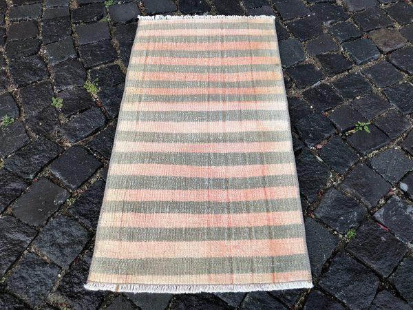 1.6 ft. x 3 ft. Vintage Kilim Rug TR52472 Image 3