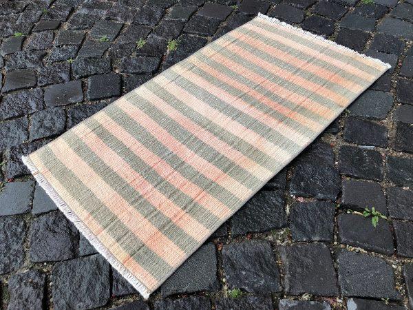 1.6 ft. x 3 ft. Vintage Kilim Rug TR52472 Image 1