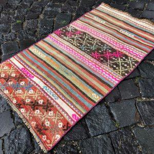 1.8 ft. x 3.1 ft. Vintage Kilim Rug TR52512 Image 1