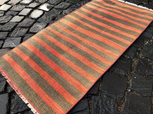 1.6 ft. x 3.2 ft. Vintage Kilim Rug TR52582 Image 2
