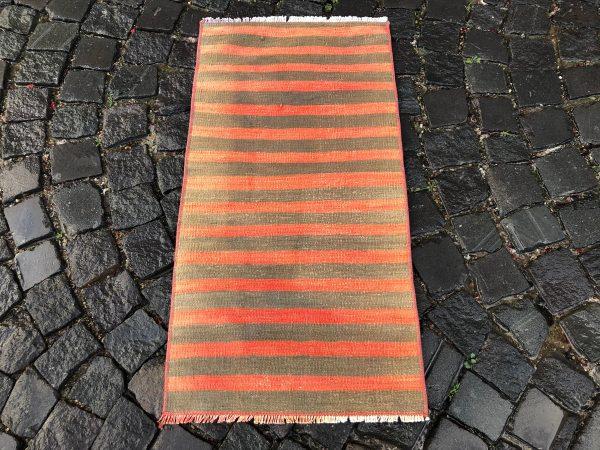 1.6 ft. x 3.2 ft. Vintage Kilim Rug TR52582 Image 4