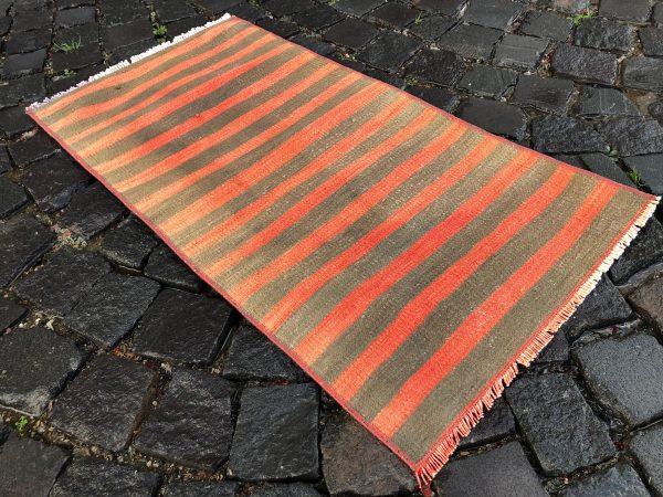 1.6 ft. x 3.2 ft. Vintage Kilim Rug TR52582 Image 6