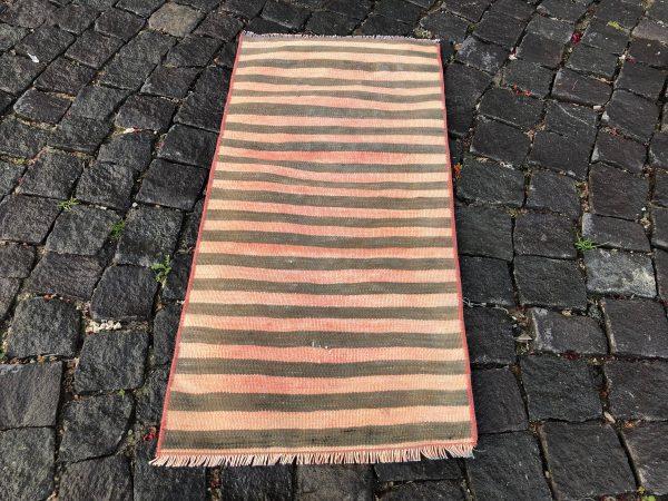 1.5 ft. x 3.1 ft. Vintage Kilim Rug TR52622 Image 3