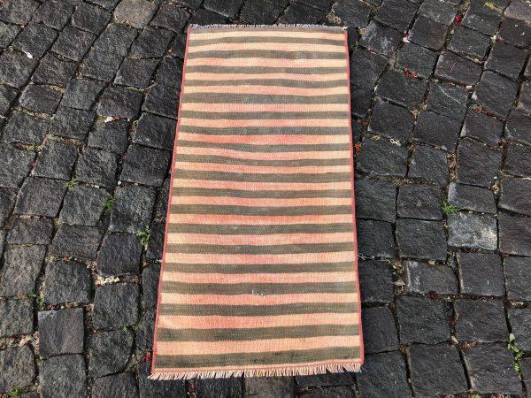 1.5 ft. x 3.1 ft. Vintage Kilim Rug TR52622 Image 4