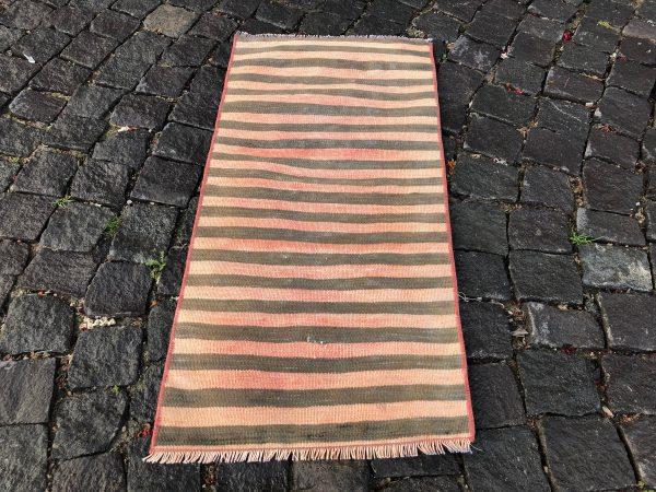 1.5 ft. x 3.1 ft. Vintage Kilim Rug TR52622 Image 5