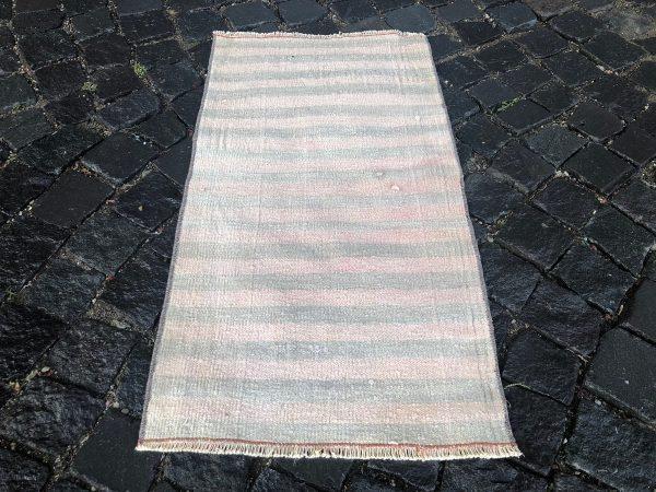 1.6 ft. x 3 ft. Vintage Kilim Rug TR52632 Image 3