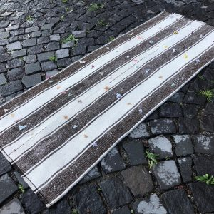 2.1 ft. x 5.3 ft. Vintage Kilim Rug TR52862 Image 1